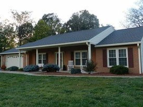 1738 Stone Mill Dr, Salem, VA 24153