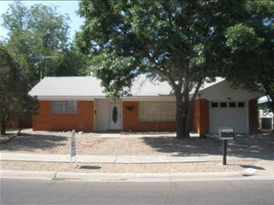 706 Trailing Heart Rd, Roswell, NM 88201