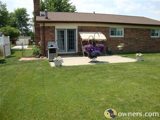 27193 Wyatt Ave, Brownstown Twp, MI 48183