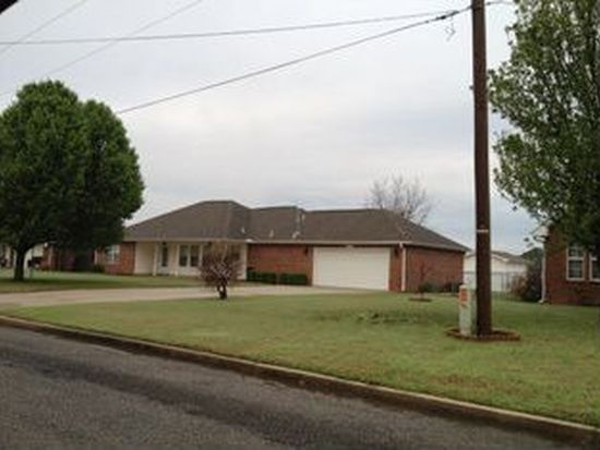 2780 S Oklahoma St, Pryor, OK 74361