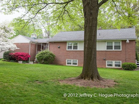 1411 Old Wyomissing Rd, Reading, PA 19610
