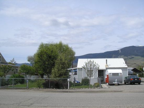 701 Hope Ave, Salmon, ID 83467