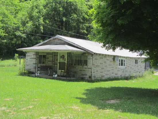 3902 Abbs Valley Rd, Bluefield, VA 24605