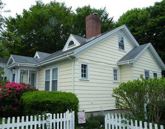 22 Ledyard St, Newport, RI 02840