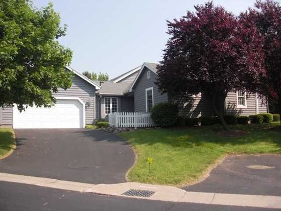 23 Seascape Dr, Rochester, NY 14612