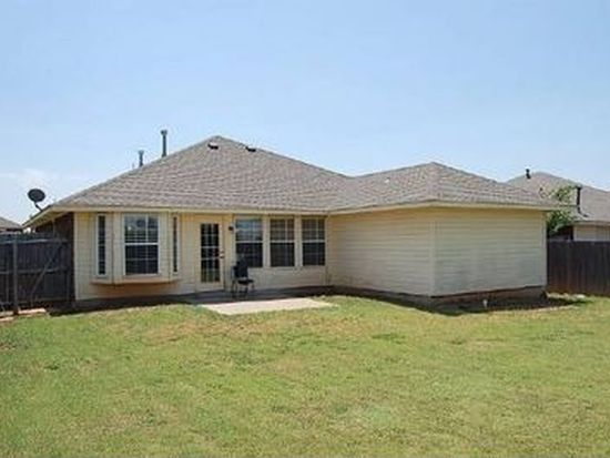 337 SW 39th St, Moore, OK 73160