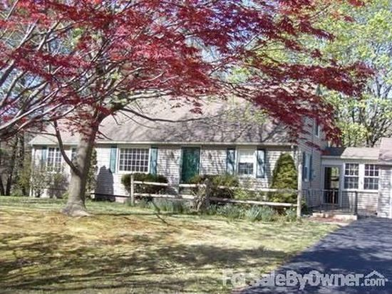 60 Spring Hill Rd, Southington, CT 06489