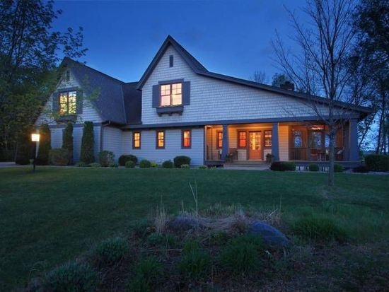 6485 Tanagers Pt, Excelsior, MN 55331