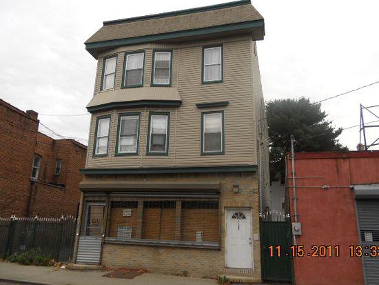 706 Grove St, Irvington, NJ 07111