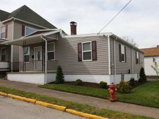 102 Depot St, Youngwood, PA 15697