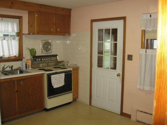 161 Beekman St, Plattsburgh, NY 12901