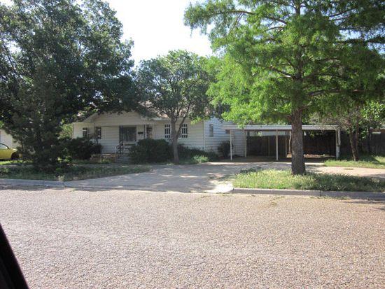 515 W Lynn St, Slaton, TX 79364