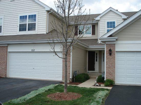 227 Macintosh Ave, Woodstock, IL 60098