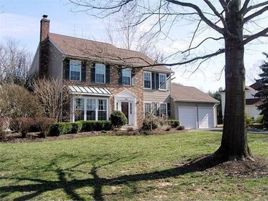 194 Pinecone Dr, Yardley, PA 19067