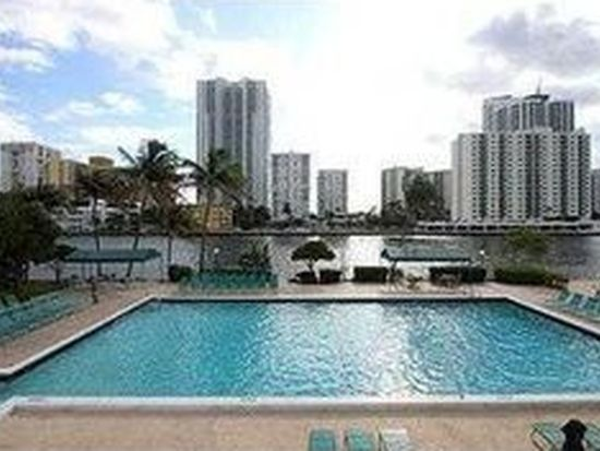 1000 Parkview Dr APT 329, Hallandale Beach, FL 33009