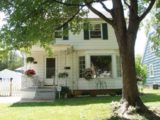 740 Marquette Ave, South Bend, IN 46617