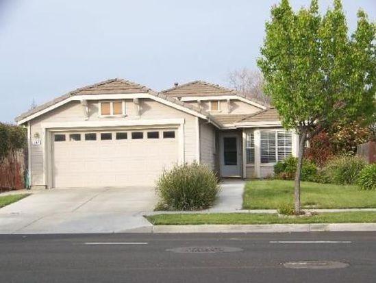 907 Farnham Ave, Woodland, CA 95776