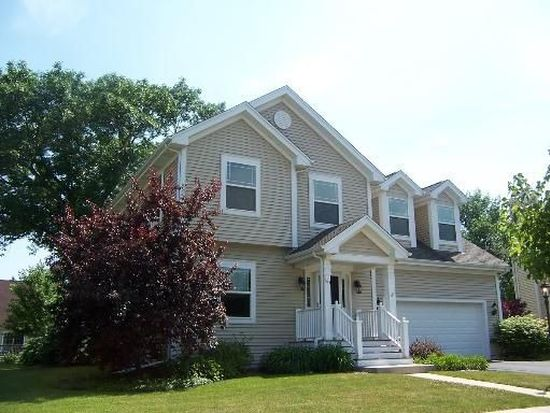 163 Center St, Crystal Lake, IL 60014