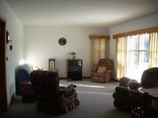 203 Palmer St, Maple Park, IL 60151