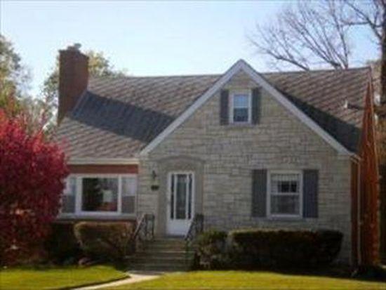 108 W Saint Charles Rd, Elmhurst, IL 60126