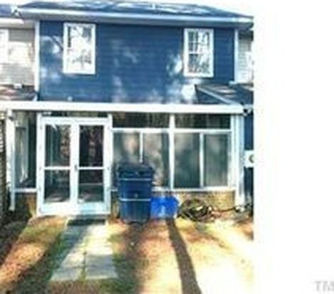 3 S Sussex Dr, Smithfield, NC 27577