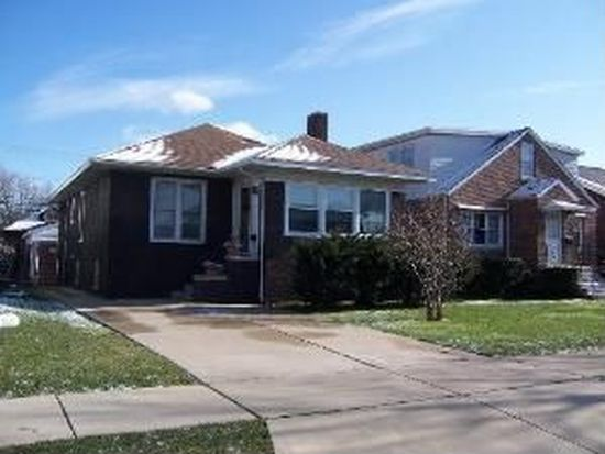 2013 Stanton Ave, Whiting, IN 46394