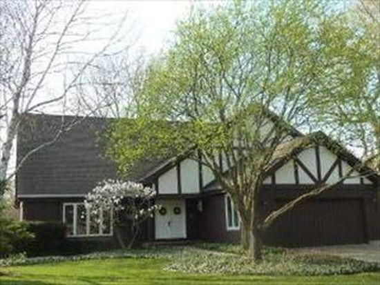 640 Greenbrier Ln, Crystal Lake, IL 60014