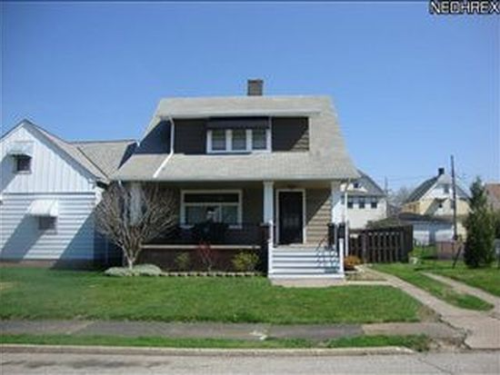 3917 E 41st St, Newburgh Heights, OH 44105