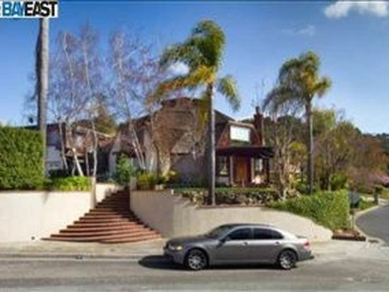 38096 Canyon Heights Dr, Fremont, CA 94536