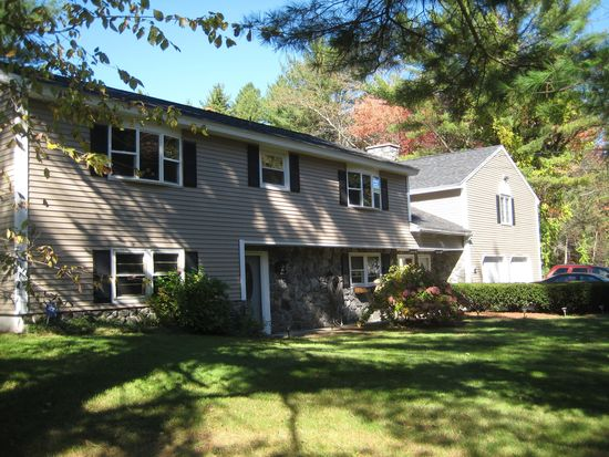 12 Lowell Rd, Windham, NH 03087