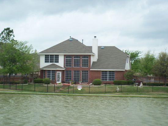 2209 Lakeside Ct, Denton, TX 76210