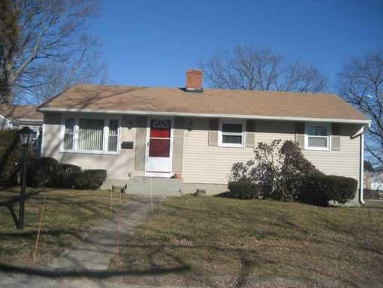 52 Meredith Dr, Coventry, RI 02816