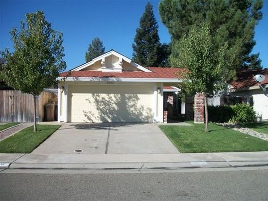 9352 Hoyleton Way, Elk Grove, CA 95758