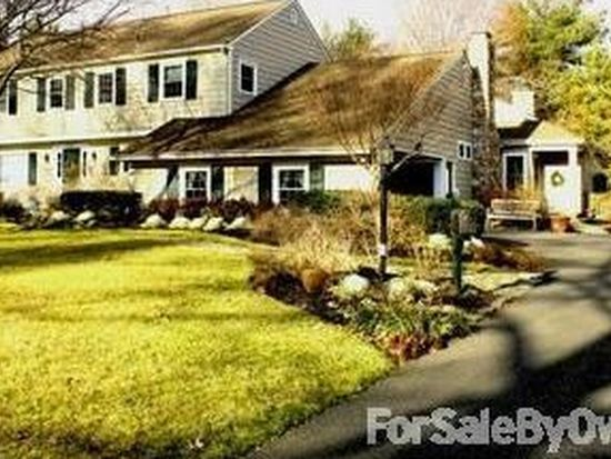 749 Paddock Path, Moorestown, NJ 08057