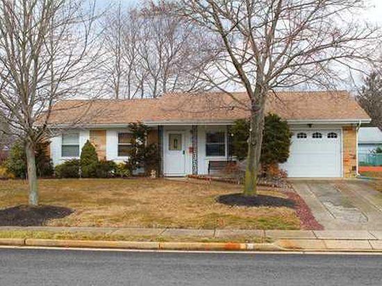 7 Hunterdon Ave, Monroe Township, NJ 08831