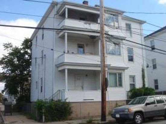 418 Montaup St, Fall River, MA 02724