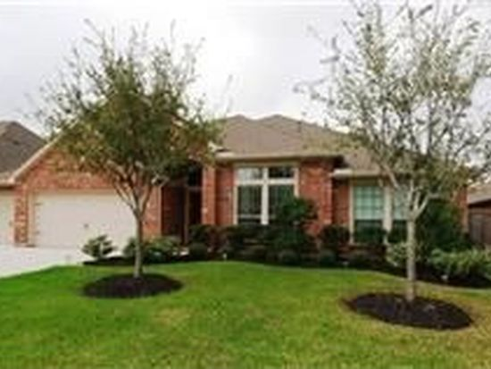 2704 Greenblade Ct, Pearland, TX 77584