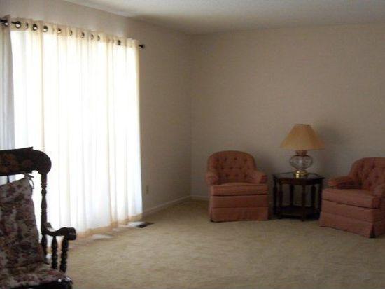 541 Francis Avenue Ct, Terre Haute, IN 47804