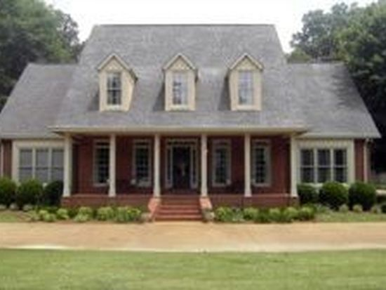 3106 Plantation Cir E, Tupelo, MS 38804