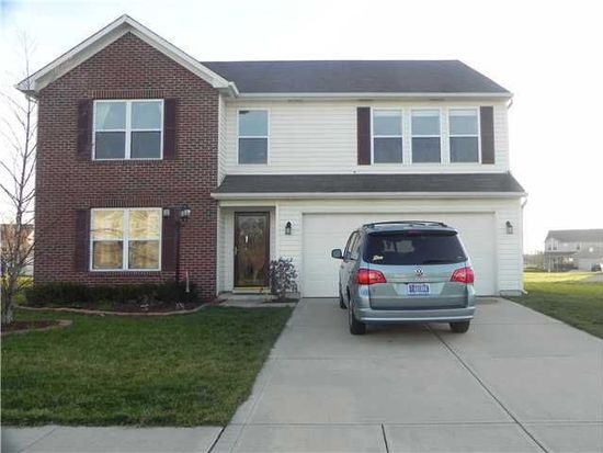 9517 Treyburn Lakes Dr, Indianapolis, IN 46239