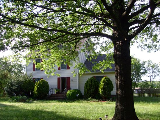 108 Hickory Ln, Chestertown, MD 21620