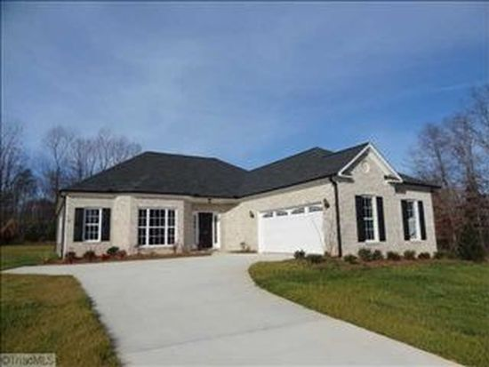 113 Picnic Pl, Stokesdale, NC 27357
