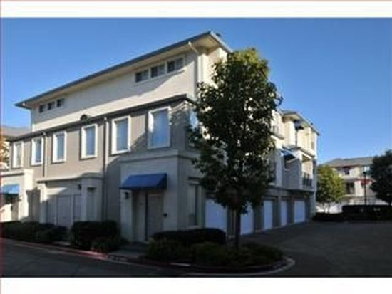 700 Baltic Cir UNIT 712, Redwood City, CA 94065