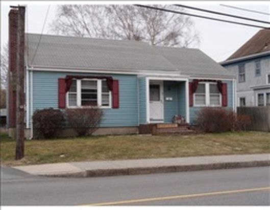67 Hillside Ave, Newport, RI 02840