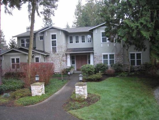 9125 NE 1st St, Bellevue, WA 98004