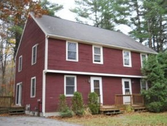 7 Campbell Dr, Hampton, NH 03842