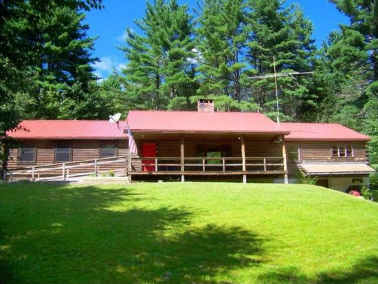 82 Country Dr, Guilford, VT 05301
