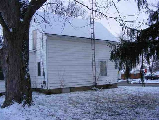 202 W Indiana Ave, Nappanee, IN 46550