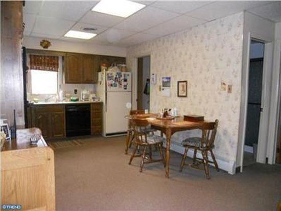 5526 Hulmeville Rd, Bensalem, PA 19020