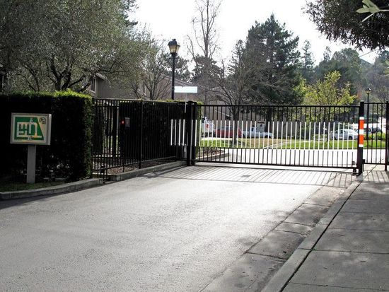 22845 Poplar Grove Sq, Cupertino, CA 95014